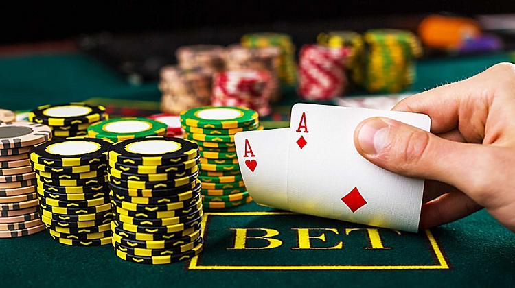Keuntungan Bermain Turnamen Poker Online Di  Situs Resmi Dan Terpercaya
